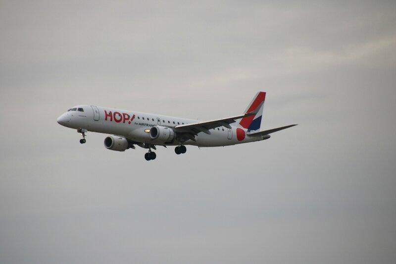 Embraer ERJ190STD d'Hop !