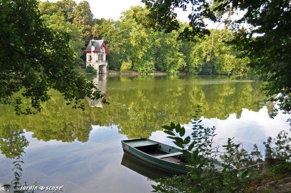 Barque de pêcheur sur le Loiret