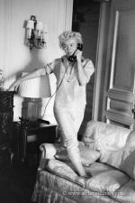 1954-09-09-NY-saint_regis_hotel-Hotel_Room-by_mhg-032-1