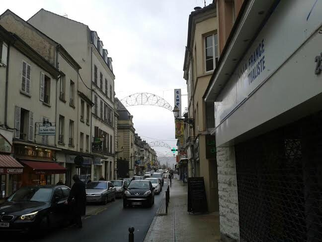 rue Carnot 23 Décembre : illuminations éteintes