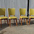 Vintage sans aucun doute, une série de chaises vitaminées !!!