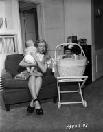 1947-05-baby_sitter_sitting-with_roy_metzler_twins-by_david_cicero-021-1