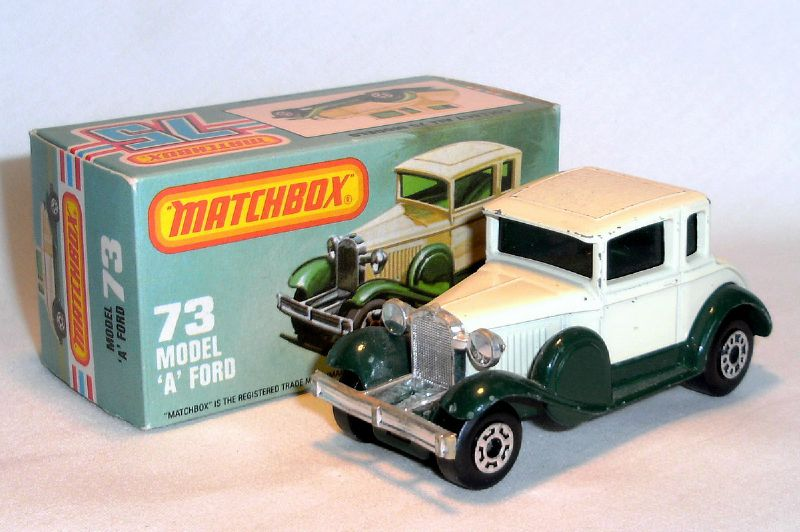 001 MB73 Ford Model A Voiture 1