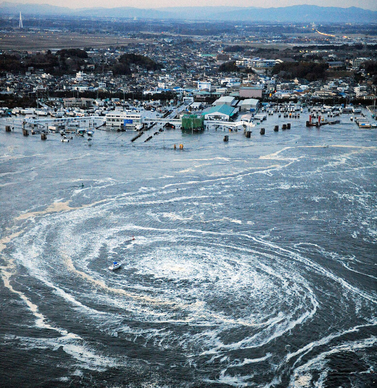 tsunami-japon-tourbillon