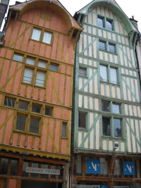 Troyes (40)