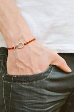 Bracelet rouge magique du medium voyant sérieux tchedi
