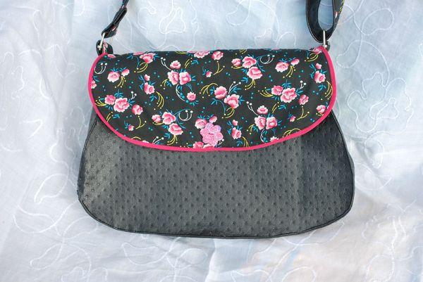 sac noir rose et cabas paillettes 001