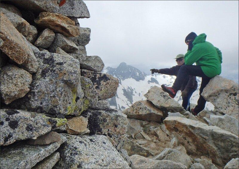 J2 60 3 Pyrenees Glere Turon sommet 270614
