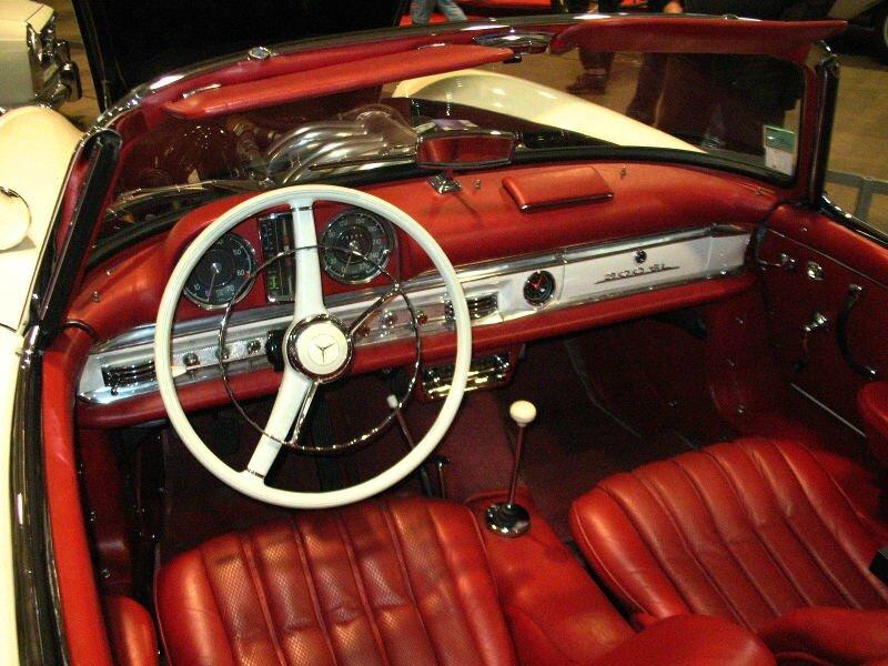 Mercedes300SLroadsterint1