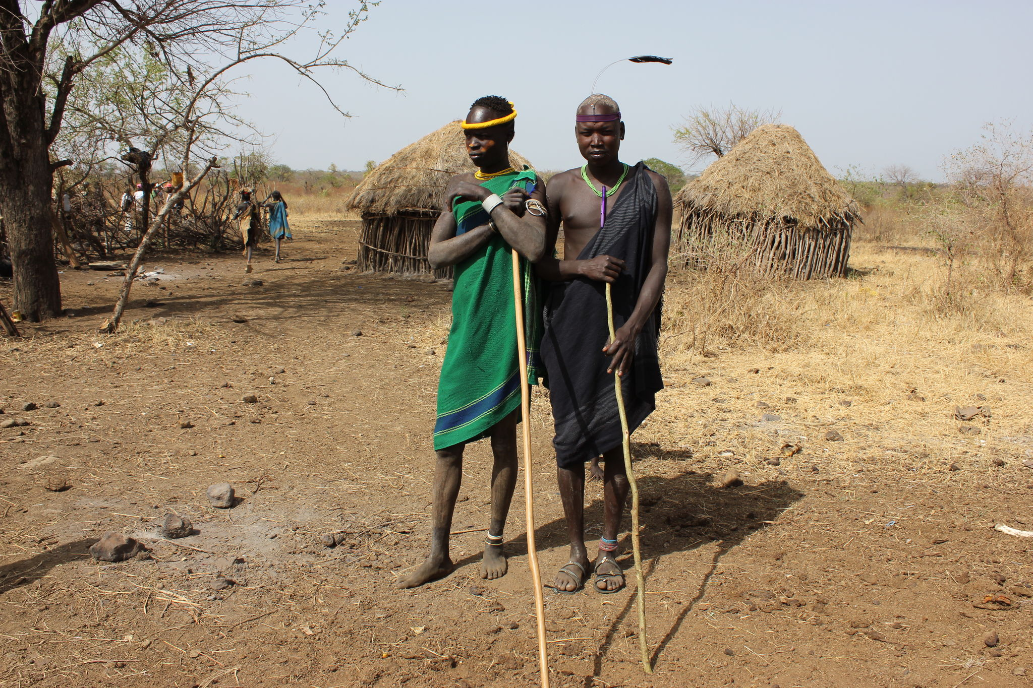 habitants du village mursi
