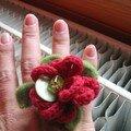 Bague grosse laine rouge 1