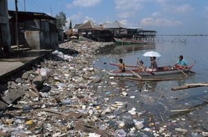 pollution-fact-water-pollution-1024x678