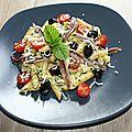 Salade de penne rigate aux anchois ...olives, tomates, pesto, parmesan