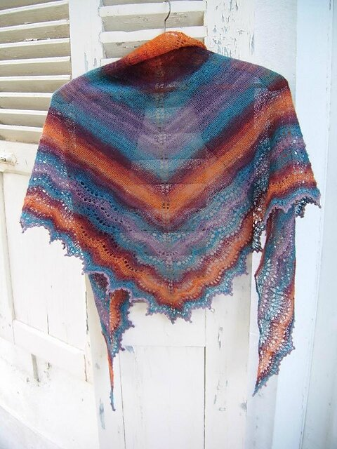 holden_shawlette_handspun_016_medium2