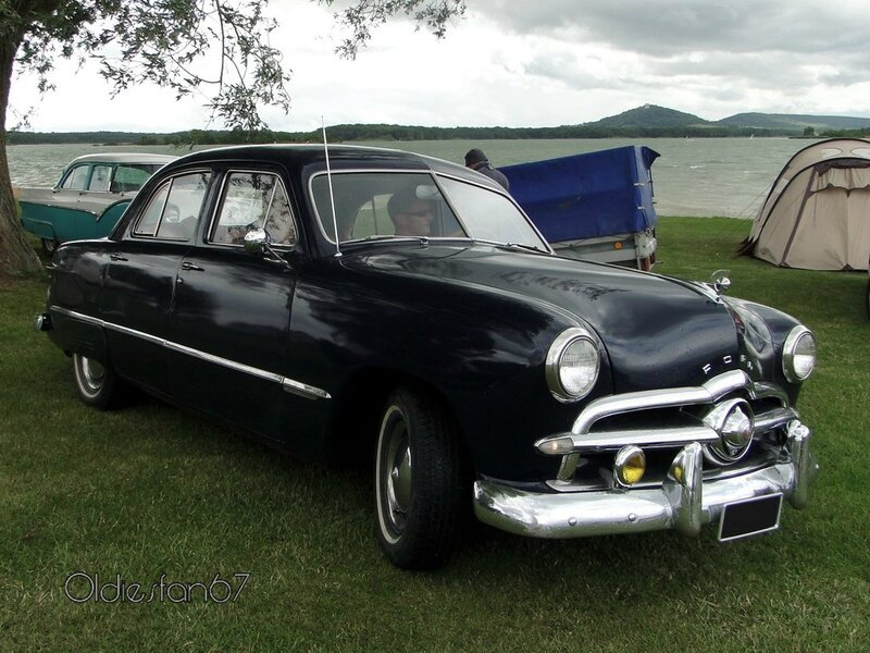 ford custom fordor sedan 1949 a