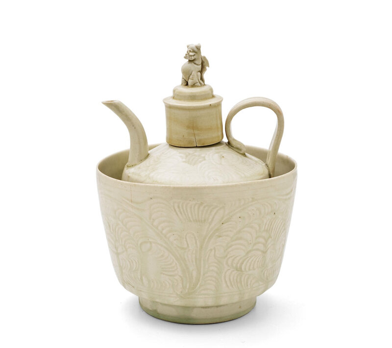 A Qingbai ewer, cover and warmer, Song dynasty (960-1279)