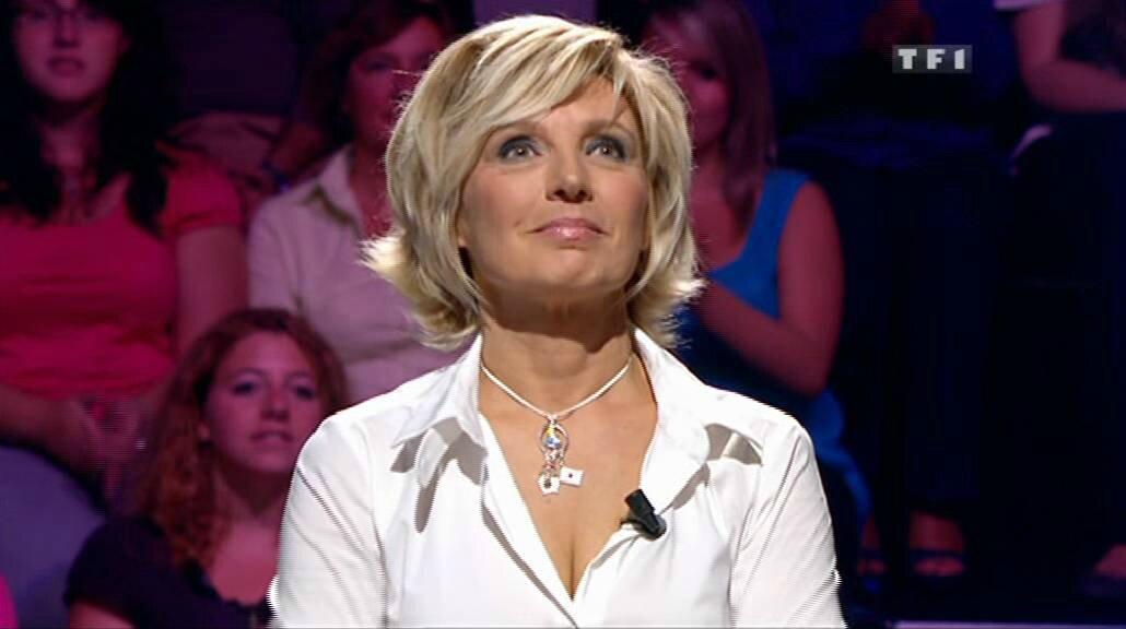 Evelyne Dhéliat chemisier blanc 2360 13 09 10