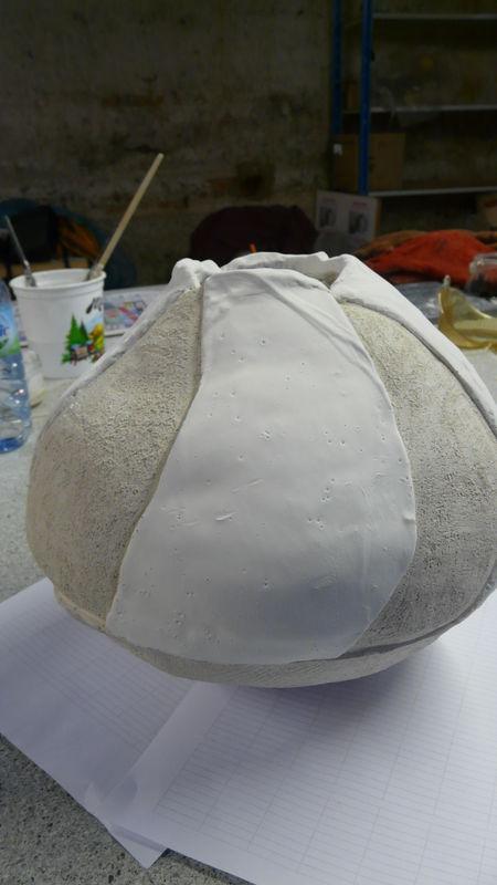 Vase pétale émaillé avant cuisson