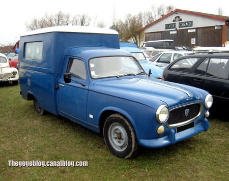 Peugeot 403 ambulance carrossée surirey (Sessenheim) 01