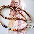 Collier mala, chakras, croix ankh égypte ancienne - perles bois de bayong - gemmes