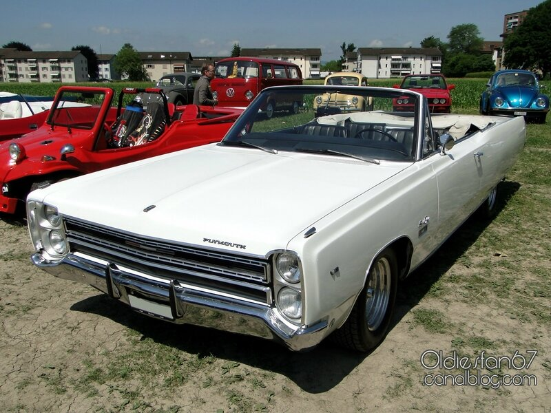 plymouth-sport-fury-convertible-1968-01