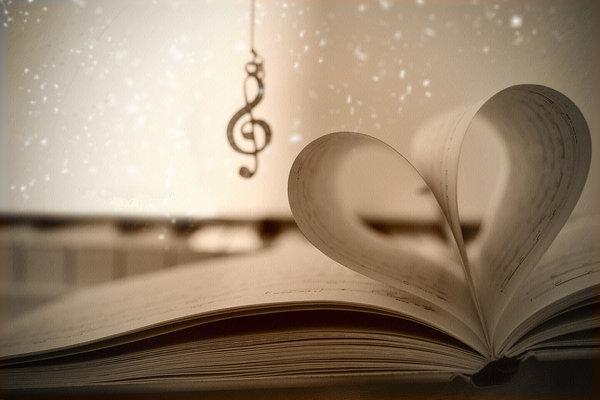 Photo-Musique-Livres-CDs