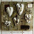 A l'usure, assemblage bois tissus, récup', rouille, coeur 1