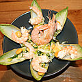 Salade d'endive, gambas, lupin, ail des ours