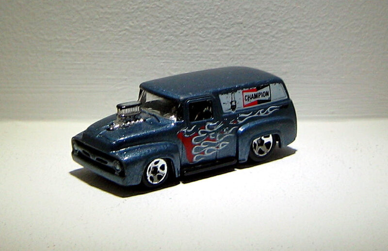 Ford panel de 1956 (Hotwheels 2010)