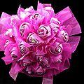 - 50 % bouquet rose fushia fillette cérémonie (réf bfff-1)