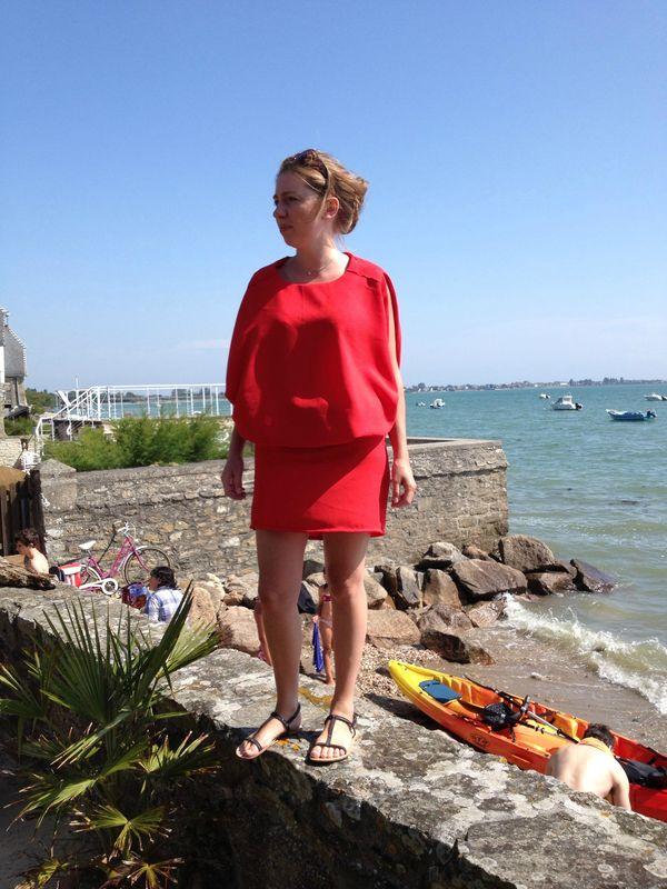 d747c45bf50 « Laissez la peur du rouge aux bêtes à cornes. » The red dress -  MarieCarpeDiem