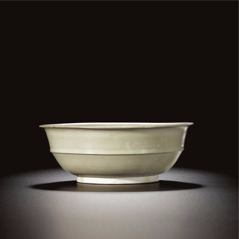 A large white stonexare bowl, Tang dynasty