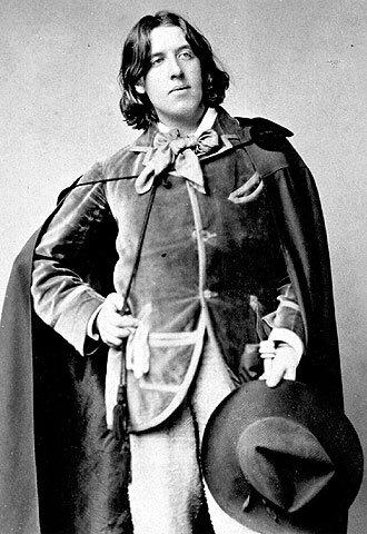 Oscar_Wilde_(1854-1900)_188_unknown_photographer[1]
