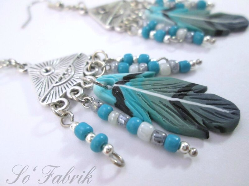 Bo plumes turquoises multirangs (1)