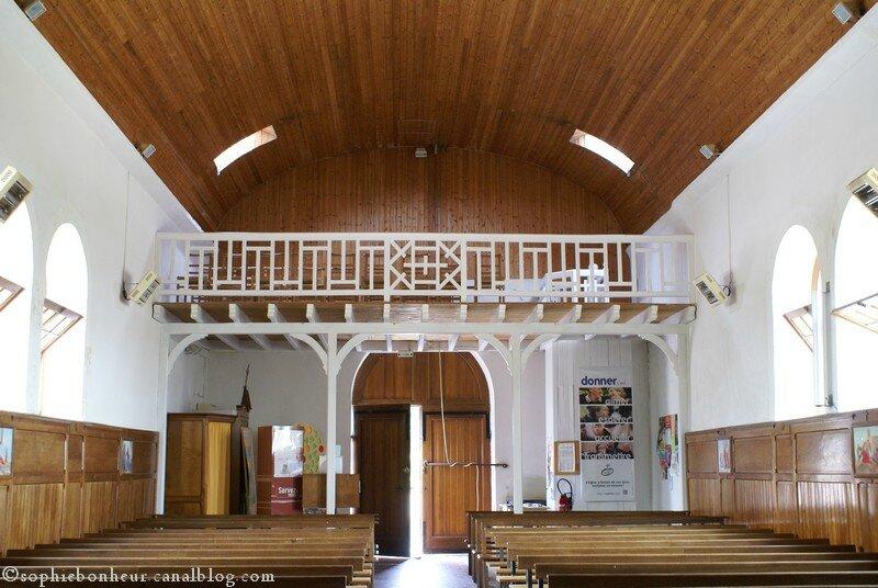 Préfailles Chapelle intérieur fond