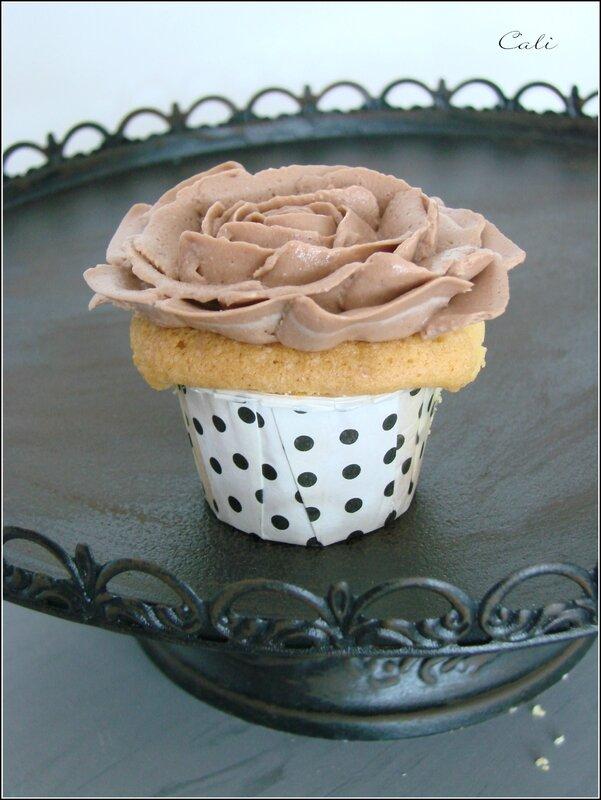 Cupcakes Vanille & Crémeux Chocolat 002