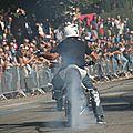 Tonnerre mécanique : acrobatie moto