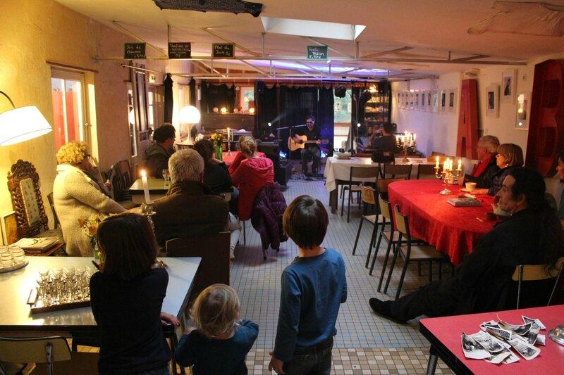 l'Autre café bar brocante de la Roche qui Bois Saint-Laurent-de Terregatte Jean Louis Gavard concert
