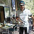 Peyrepertuse- garçon de café à Duilhac