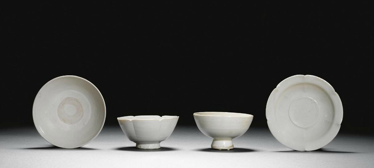 A white-glazed stemcup, Tang dynasty (618-907)