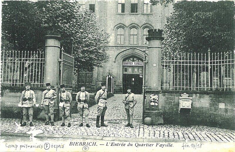 No 13 - 3 Prisonniers