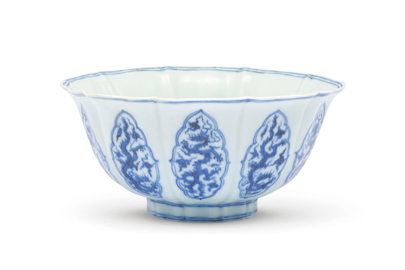 A very rare early Ming blue and white lobed bowl, Xuande six-character mark in underglaze blue within a double circle and of the period (1426-1435)