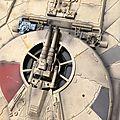 Deagostini MF 388 Je pars donc du Gris Royal et j'y ajoute quelques goûtes de German Grey. Evidement, il faut également peindre la partie circulaire sous la verrière. Ca me paraît très bien!