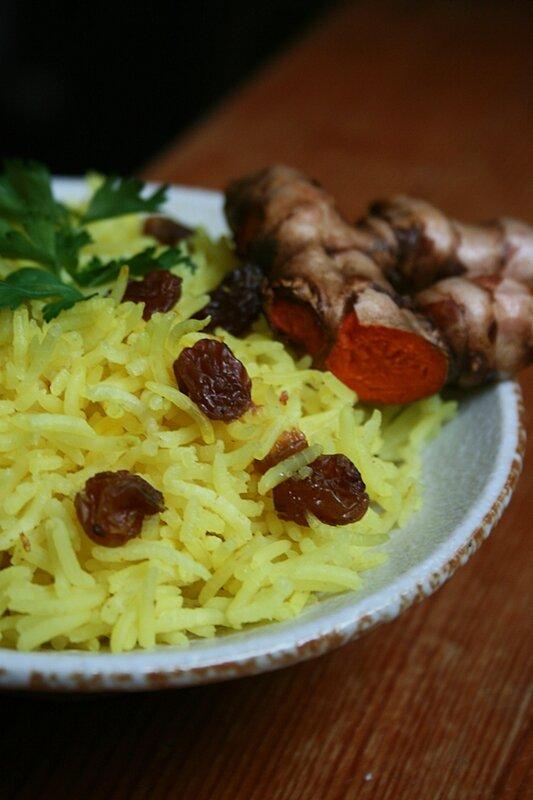 Riz au curcuma frais et raisins secs - Minouchka passion culinaire