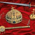 02 Insignes royaux de Hongrie - source : img2.tar.hu