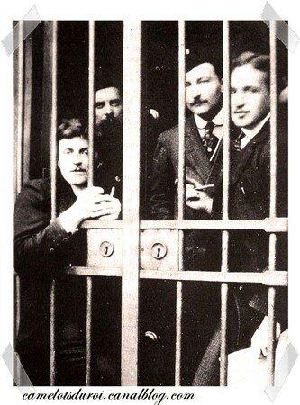Les_Camelots_en_prison