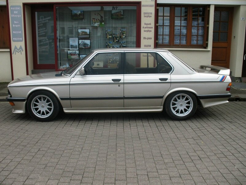 BMW528iE28prof
