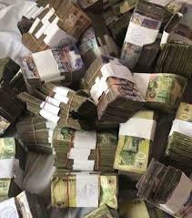 VALISE MAGIQUE QUI PRODUIT EN DOLLAR ET EN EURO DU GRAND MARABOUT SAFARI