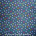 334 - Confettis sur fond gris