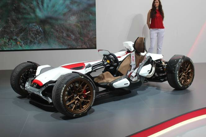 S1-Honda-2-4-concept-l-excitante-En-direct-du-salon-de-Francfort-2015-362213